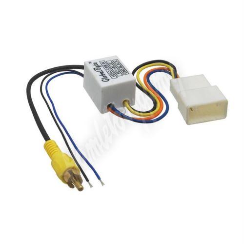 Modul pro připojení OEM parkovací kamery k dodatočne instalovanému autorádiu pro vozidlá T