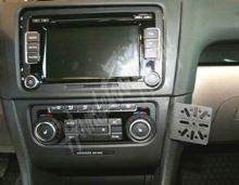 701330 GSM konzole pro VW Golf VI 2009-