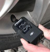 Digitální pneuměřič a hloubkoměr dezénu SCHRADER