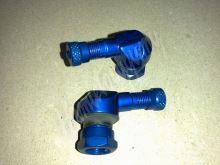 Ventilek alu bezdušový zahnutý moto Modrý 11,3 mm